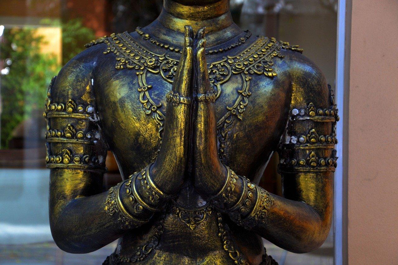 Les statues religieuses dans le monde (hindou, christianisme, islam...)